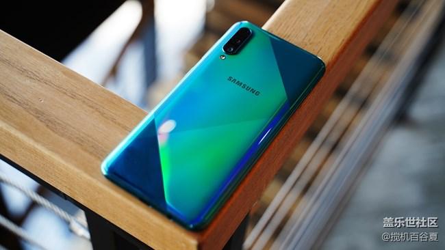 快看!三星Galaxy A50s的颜值也太高了