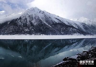 春雪然乌湖