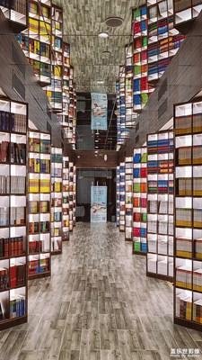 【精彩翻倍】+探索城市里城市里時髦的圖書館「鐘書閣」
