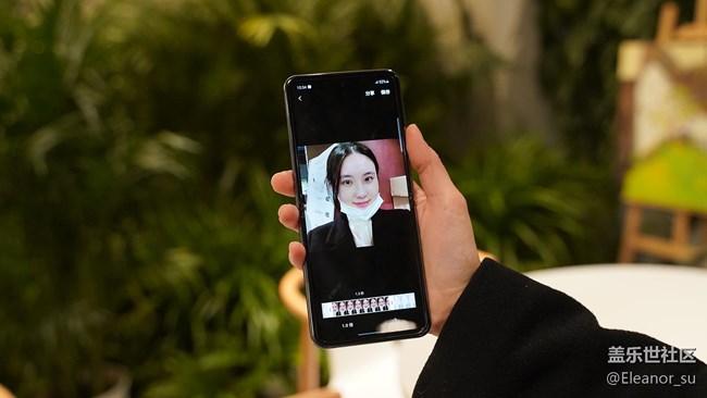 Galaxy Z Flip 5G: 什么? 你还在单独下载制作GIF的APP?